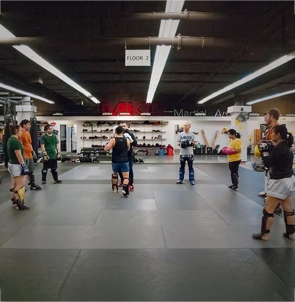 Muay_Thai_class_3_kickboxing_seattle